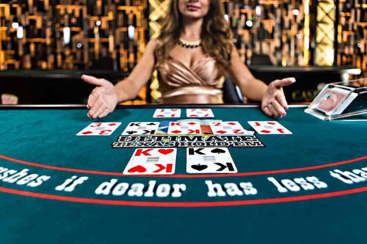 Live Dealer Casino Hold'em – a type of poker for real sensations